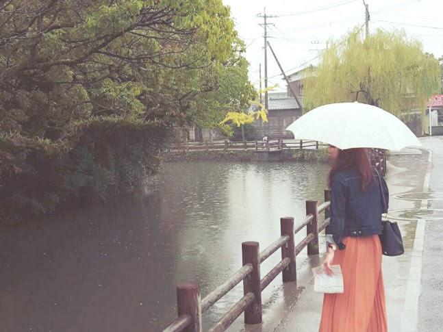 yuruの後ろ姿